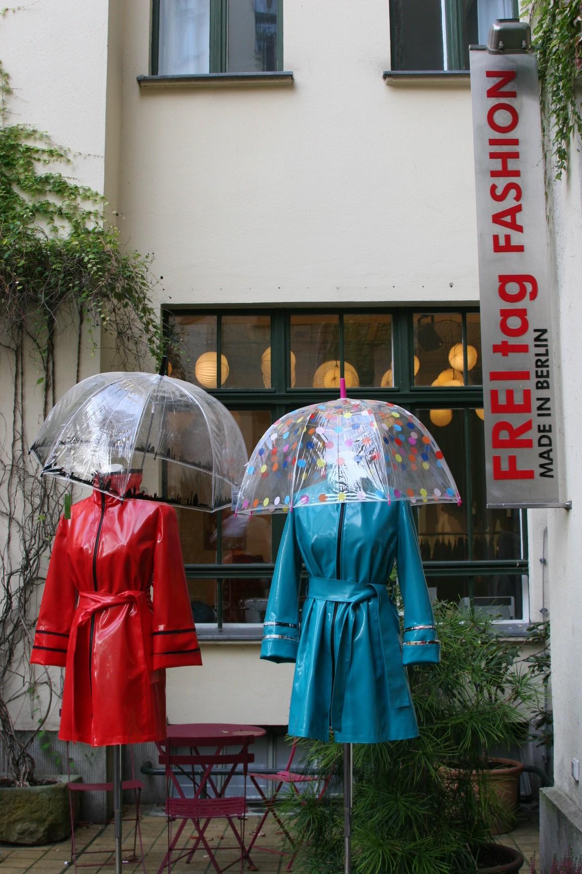 Front Hackesche Höfe Berlin Freitag Fashion