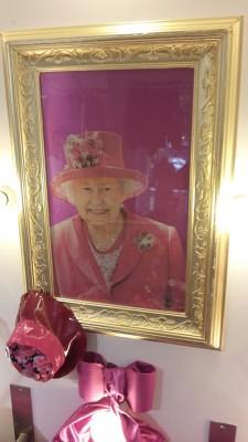 Freitag Fashion begrüßt Queen Elizabeth II.